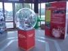 sphère et panneau pédagogique